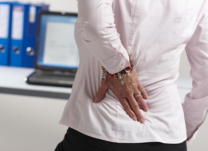 Боль в левом боку со стороны спины