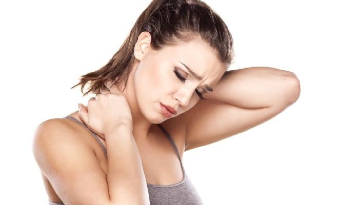 Болит шея сзади