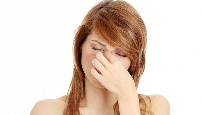 боль в переносице без насморка